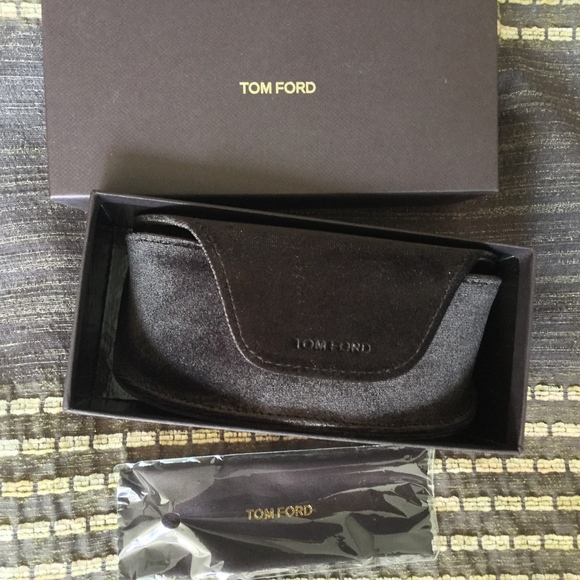 a692402391f1 Tom Ford Soft Brown Sunglasses Case   New in Box